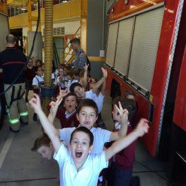 Visita a los bomberos 1P y 2P
